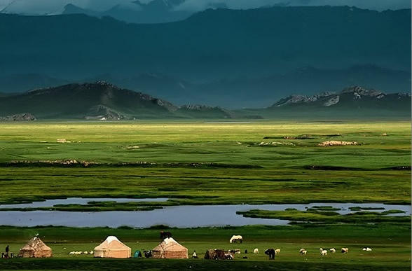 xilin-gol-means-river-on-the-plateau-in-the-mongolian_