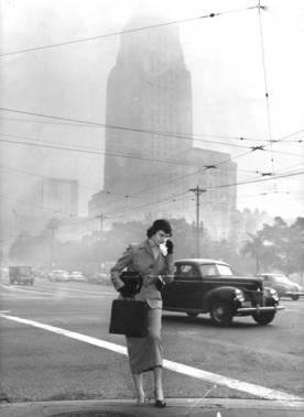 1940年代雾霾肆虐的洛杉矶