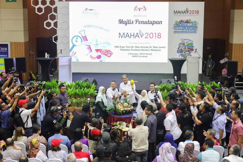 FIVE MOUs ON AGRICULTURAL TRADE SIGNED BETWEEN MALAYSIAN