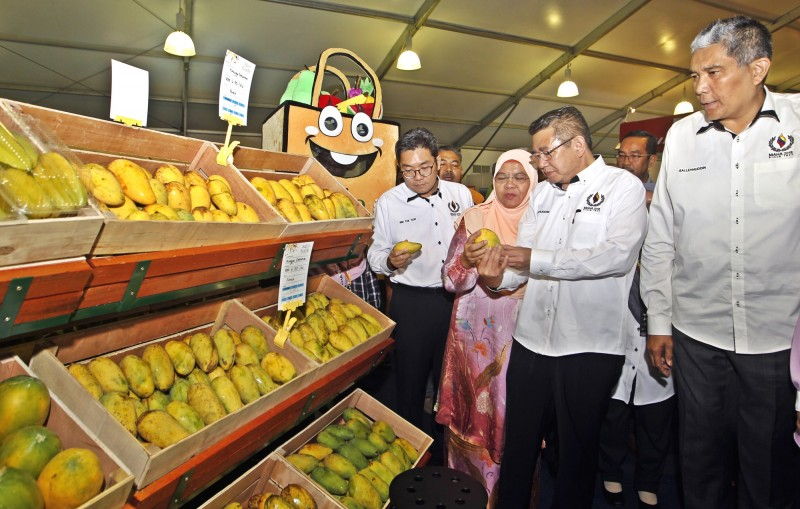 FIVE MOUs ON AGRICULTURAL TRADE SIGNED BETWEEN MALAYSIAN PRIVATE