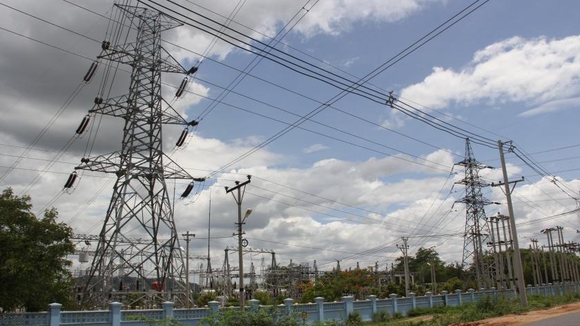 皎喜发电厂的电力通过电网输送至曼德勒等地 记者孙广勇.JPG